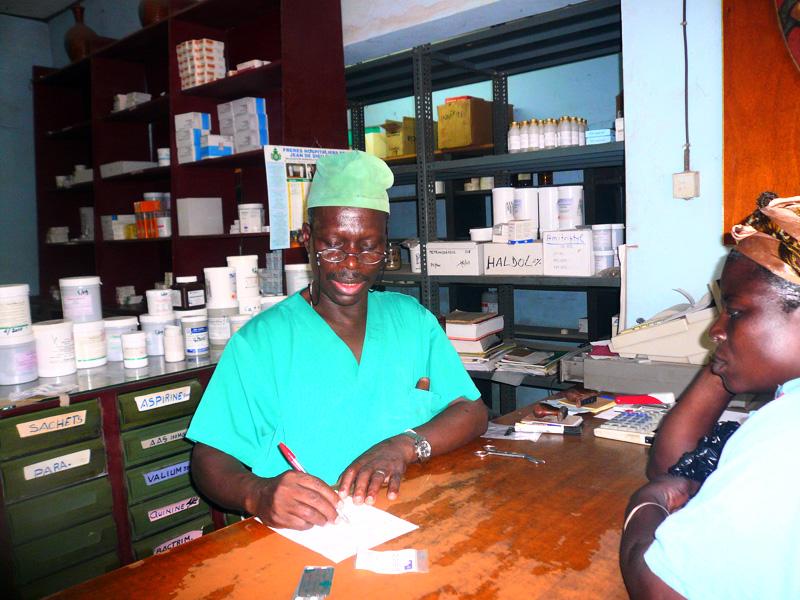 En la farmacia 3 - 3 2